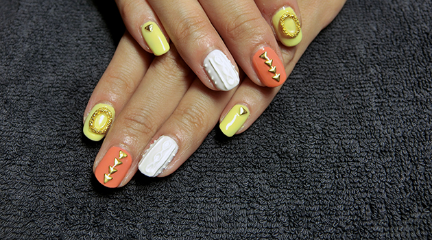 Knitted Nail Art by Manicure Mermaid