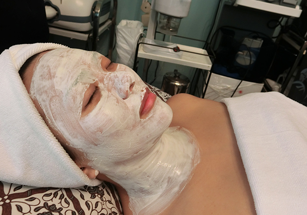 Prenatal Facial For Pregnant Mummies