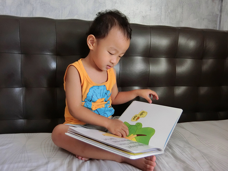 Cheap Children Storybooks from Taobao